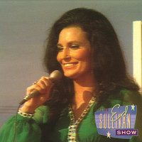 Loretta Lynn - Coal Miner's Daughter (Performed live on The Ed Sullivan Show/1970)