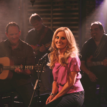 Lee Ann Womack - Unplugged at Studio 330