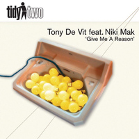 Tony De Vit featuring Niki Mak - Give Me A Reason