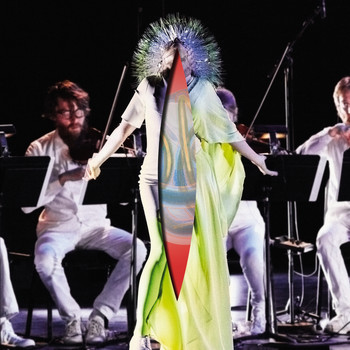Björk - Vulnicura Strings (The Acoustic Version: Strings, Voice and Viola Organista Only)