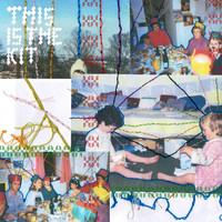 This Is The Kit - Christmas Time Is Here B/W La Peregrinación