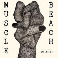 MUSCLE BEACH - Charms