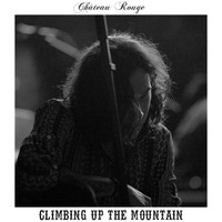 Château Rouge - Climbing up the Mountain