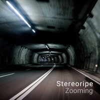 Stereoripe / - Zooming